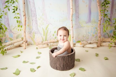 Heidi Hope Inspired Baby in a Tree Stump